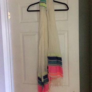Gap NWT scarf